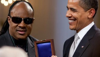Barack Obama en Stevie Wonder