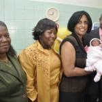 Sarah is de eerste baby van Curaçao in 2011