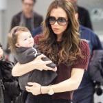 Harper met moeder Victoria Beckham