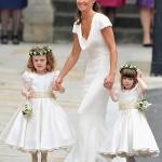 Pippa Middleton met bruidsmeisjes Eliza en Grace